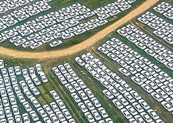 وبینار خودرو | گروه مالی شریف | برگزاری وبینار چشمانداز بازار خودرو